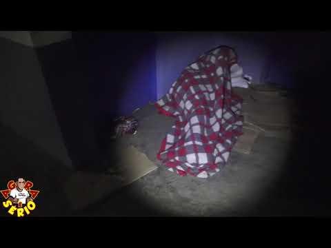 Agora são dois Moradores de rua dormindo no chão gelado do CSU ao Lado da Promoção Social