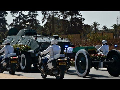 Algérie : Abdelaziz Bouteflika inhumé avec moins d'honneurs que ses prédécesseurs • FRANCE 24