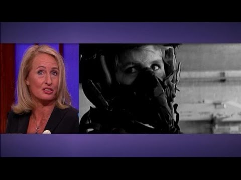 Van schoonheidsspecialiste tot F-16 piloot  - RTL LATE NIGHT