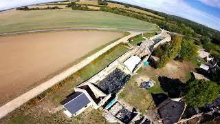 Drone FPV : champs & ferme d'Ithe