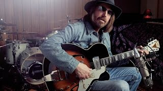 """Rebels"" Live Acoustic - Tom Petty and the Heartbreakers"