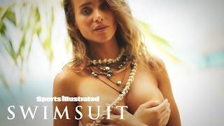 Hannah Davis' Topless Paradise In Tahiti | Irresistibles | Sports Illustrated Swimsuit