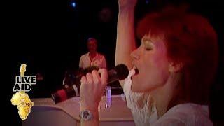 "Video thumbnail of ""Elton John / Kiki Dee - Don't Go Breaking My Heart (Live Aid 1985)"""