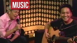 "Jim Paredes feat. Ebe Dancel - ""Batang Bata Ka Pa"" Live!"