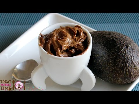 Make A Decadent, Protein-Packed Chocolate Pudding With An Avocado