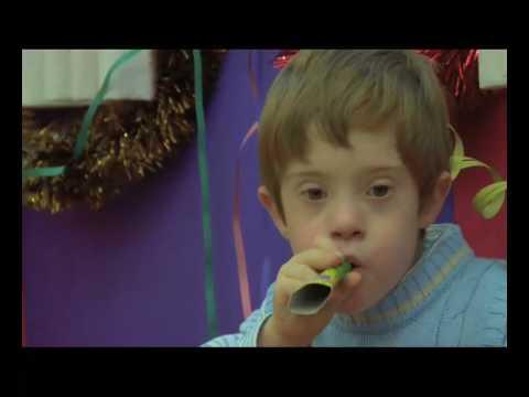 Watch videoSíndrome de Down: Navidad en Madrid