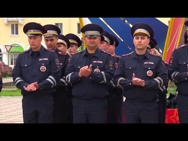 Трёхсотлетие российской милиции отметили торжественным построением