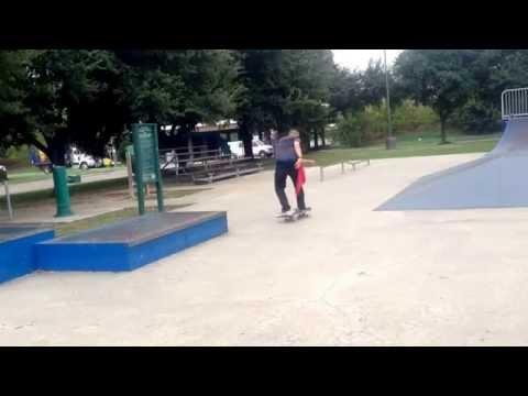 Cliff Tuttle skatepark (pj)