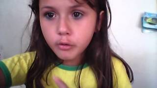 'Adrielly você é a menina mais falsa do mundo '