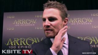 "Сериал ""Стрела"", Stephen Amell - Arrow Episode 100 Green Carpet"