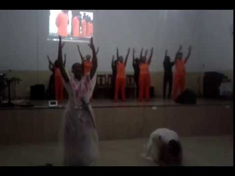Coreografia de Efésios na igreja Batista Boa Esperança do Sul