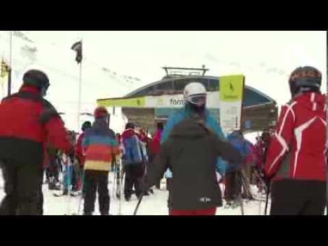 Los disfraces y la nieve reinan en los carnavales Formigal