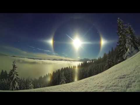 """[Lagi Viral!] Bukan Mataharinya yang Ada Empat, Tapi Itu Fenomena Alam """"Sun Dogs"""""""