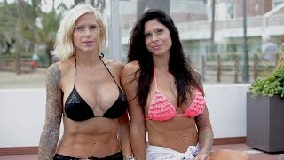 Gêmeas obcecadas por cirurgia parecem bonecas artificiais