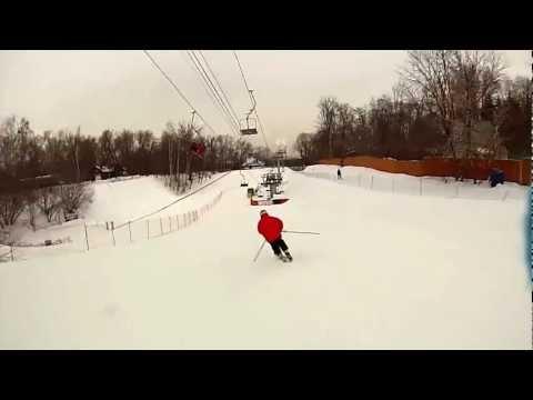 Видео: Видео горнолыжного курорта Воробьевы Горы в Московская область