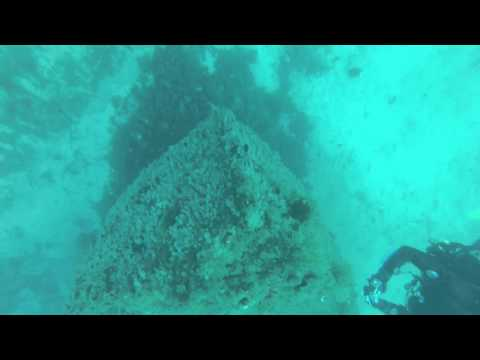 Diving Malta: Tugboat No 10, Zonqor Point / Tugboat No 10,Malta