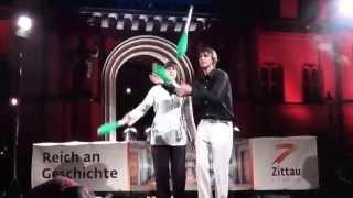 preview picture of video 'Jonglage Felix Eschrich: Tanja und Felix beim Spektakulum Zittau, 08.05.2013'