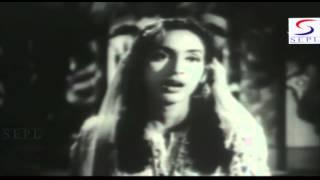 Aasman Wale Teri Duniya Se - Lata, Talat Mahmood - LAILA