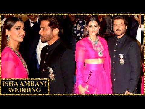 Anil Kapoor With Daughter Sonam Kapoor At Isha Amb