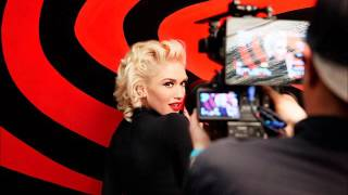 Gwen Stefani Chats with Carson Daly, February 16, 2016