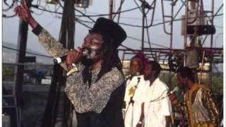 Culture - See Them A Come//Jah Rastafari -- Live