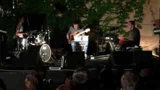 Video Jazzsons Trio - Afro Blue & Big Girl Body (Robert Glasper cover)