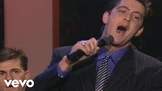 Candy Hemphill Christmas, Ernie Haase - The World Is Not My Home [Live]