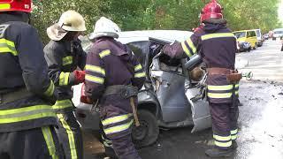 Рятувальники ліквідували наслідки жахливої автопригоди, що  забрала життя чотирьох людей