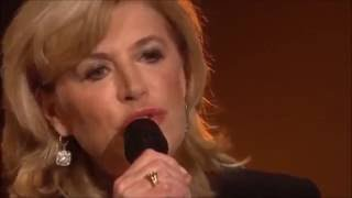 Marianne Faithfull performs Kimbie live (2008)