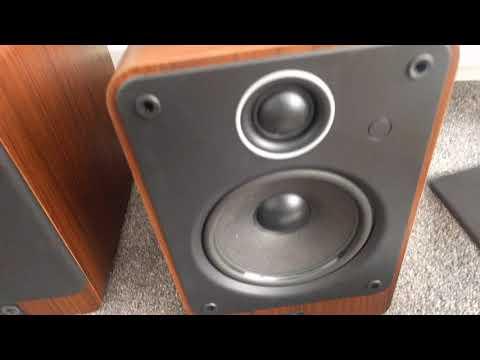Q Acoustics 2020 hifi bookshelf speakers