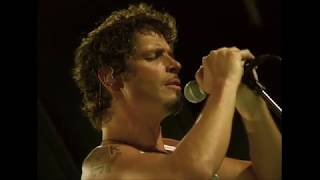"Audioslave — ""Doesn't Remind Me"" (In-studio 2005)"