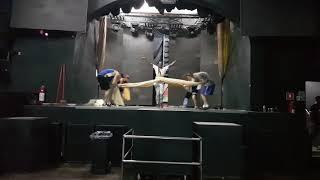 Leyllah Diva Black- ginga ensaio Blue space