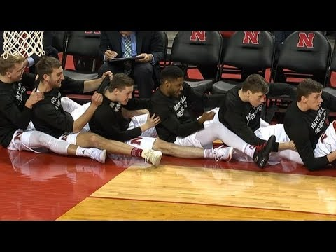 Best highlights from the Nebraska basketball team's bench | ESPN