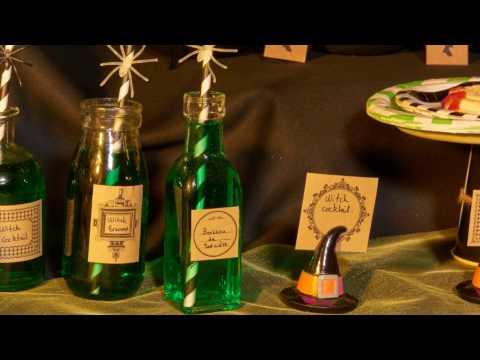 DIY Halloween Bruxa : Palhinhas com aranhas e garrafinhas decoradas