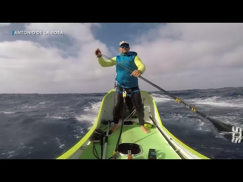 Spanish man paddles across Pacific Ocean from California to Hawaii