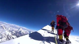 Экспедиция «Большого шлема»: китайский альпинист покорил «14 + 7 + 2»