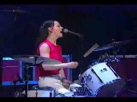 White Stripes Fell In Love With A Girl On Letterman