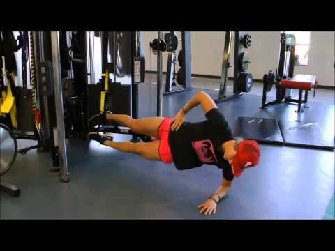 TRX Dynamic side plank