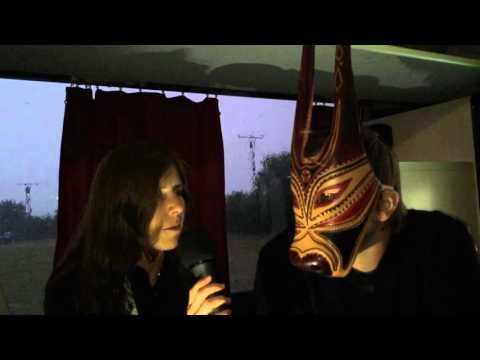 Das Männersperma kann man für die Maske der Person verwenden