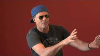 Chickenfoot - 12 Days of the Foot: Day 9 (Learning To Fall)