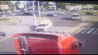 В Николаеве ИЖ сбил девушку и скрылся – полиция ищет свидетелей (видео)