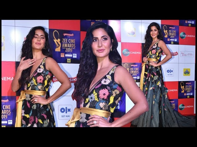 Katrina Kaif SWEET GESTURE For Media At Zee Cine Awards 2019