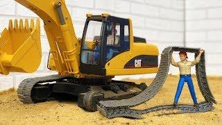 BRUDER excavator broken TRACKS accident! Action video for kids!