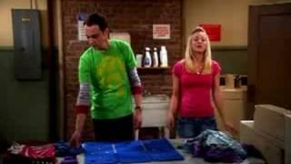 Penny se confie à Sheldon