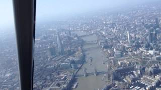 preview picture of video 'London Heliroutes helicopter flying City of London'