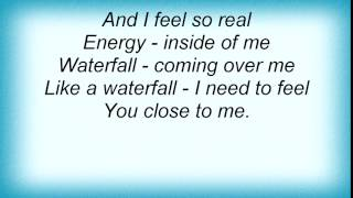 4 Strings - Waterfall Lyrics
