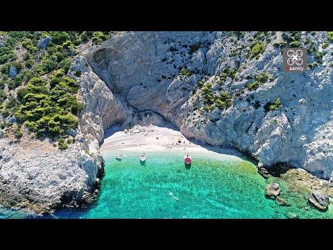 X-Beach: Η παραλία με το μυστηριώδες όνομα στο Ιόνιο - 1,5 ώρα από την Αθήνα