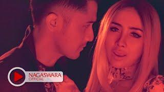 Ucie Sucita & Hengky K   Kalau Bulan Bisa Ngomong (Official Music Video NAGASWARA) #music