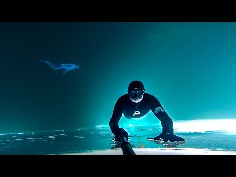 VIDEO GoPro Awards : Frozen Lake Free Dive