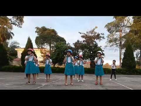 """Vũ điệu """"Đủ ba bước, rước bình an"""" - Nhóm BIỂN XANH (vi deo clip dự thi tập thể)"""